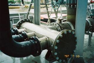チタン製ヘッダー